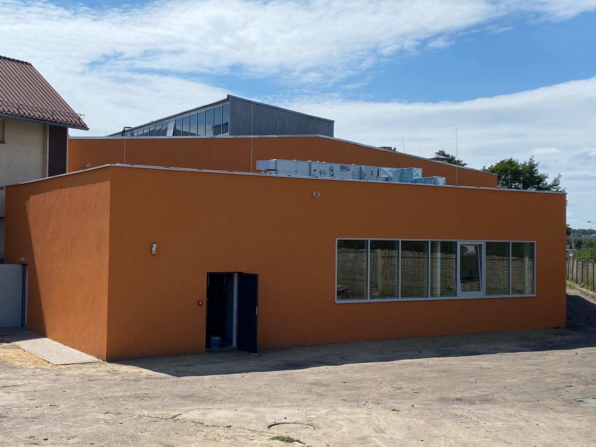 Przebudowa z rozbudową budynku